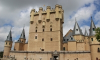 Город Сеговия: виадук, замок и собор. Фото и описание.